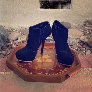Beautiful black suede ankle boots with gold trim